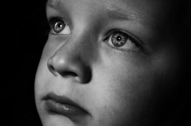 child-1374393113vYe